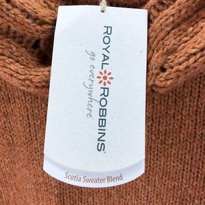 Royal Robbins Sweaters - ROYAL ROBBINS Helium Pullover in Terra Cotta Large